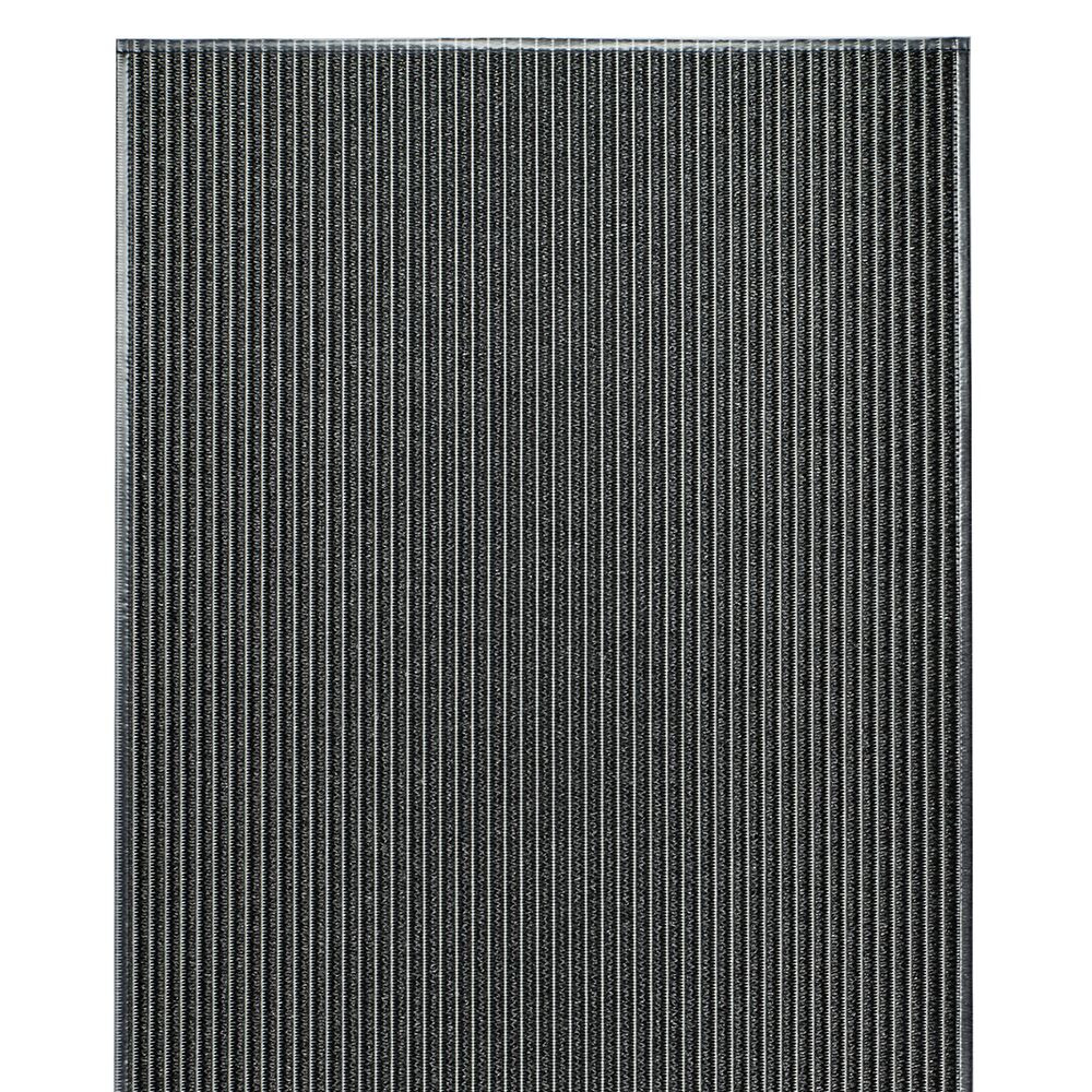VM Carpet Aqua matto 305 musta, design Hanna Korvela
