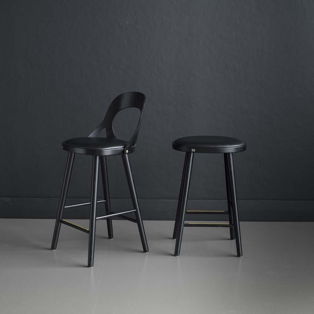 Colibri baarituoli 63 musta tammi, bonded musta, Design Markus Johansson