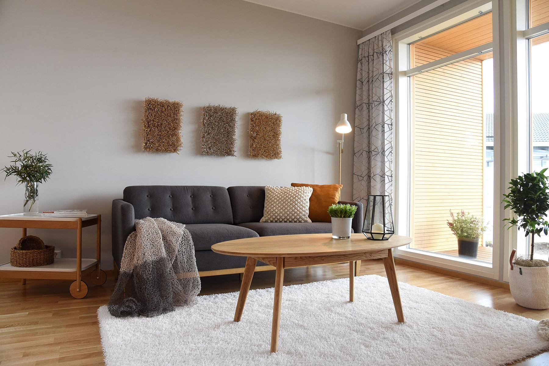 Yumi sohvapöytä ovaali, lakattu tammi, Rowico