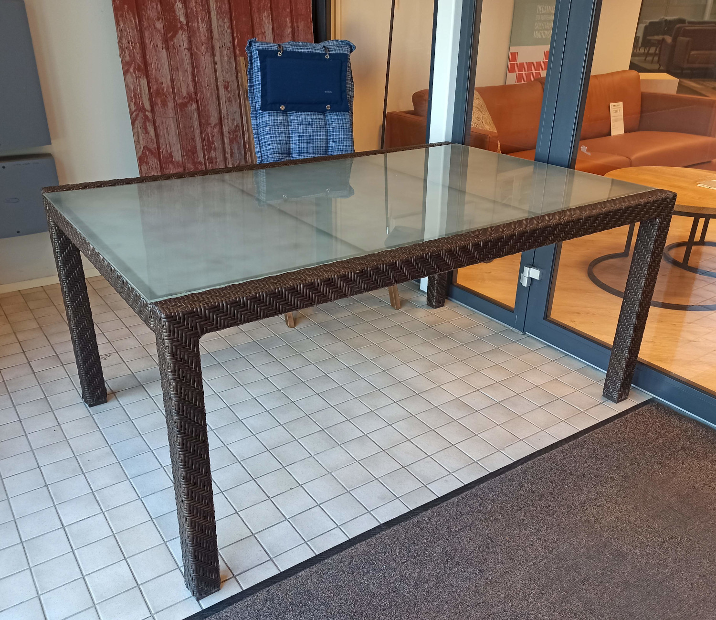 Althea pöytä 160x105cm, ruskea polyrottinki