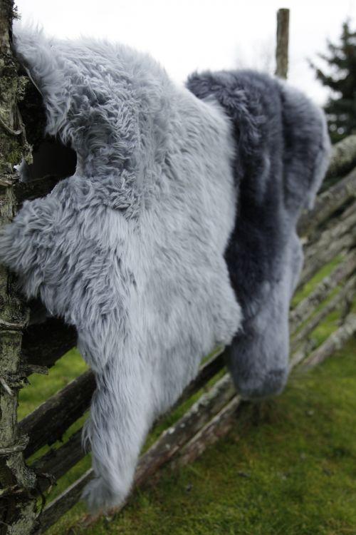 Gently 2-set lammastalja 180x60 cm vaalean harmaa