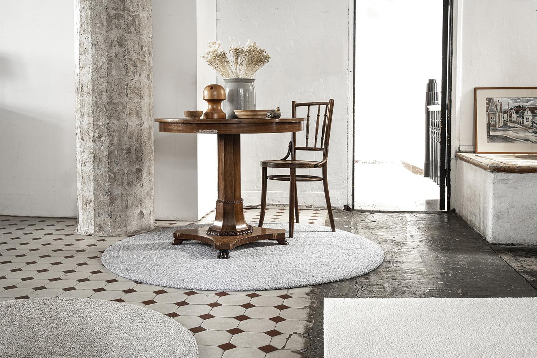 VM Carpet Viita matto erikoiskoko, neliöhinta