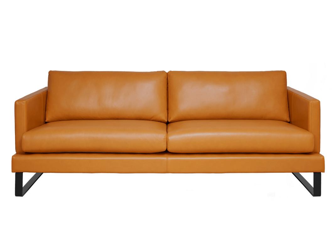 Helsinki 3-istuttava sohva (216) Malmö nahalla