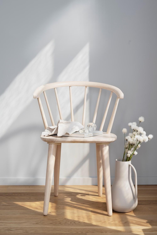 Carmen tuoli valkolakattu, Rowico
